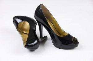 Schuhe - für Frauen mehr als nur Notwendigkeit